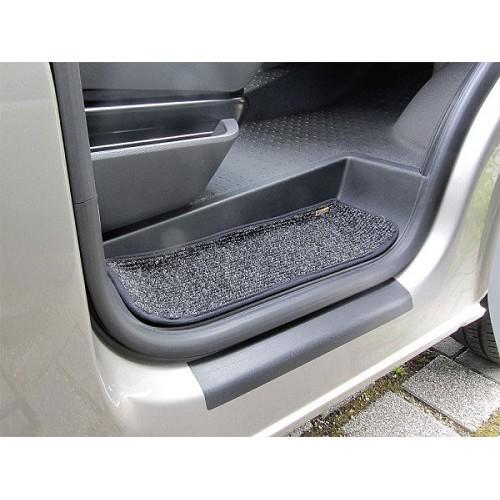 Zoom sur Alfombrilla de escalón VW T5 y T6 (3 piezas)