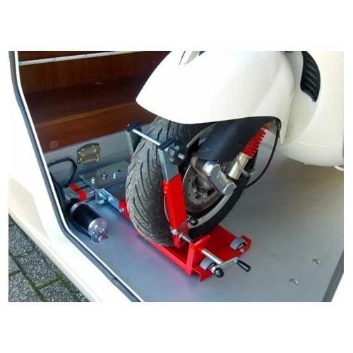 Porte-moto électrique MOTOLIFT 198 cm - Rail positionné sur le côté droit  Motolift Motolift - Roadloisirs.com 065be970fba4